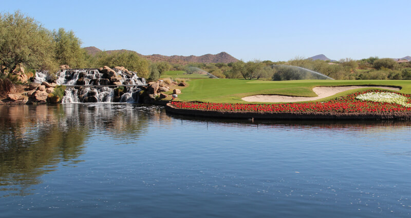 A picture of the Lake at the Anthem AZ Country Club